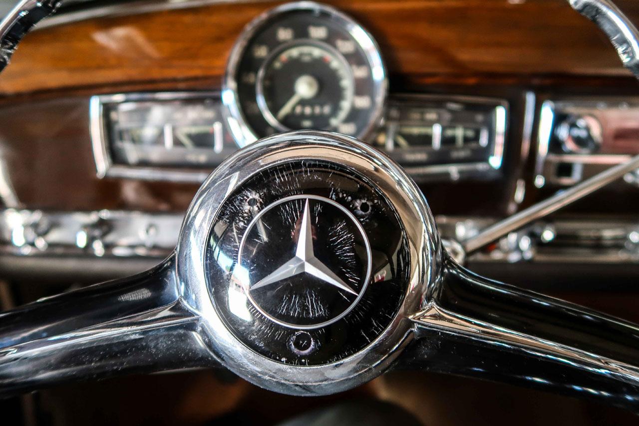 07-1957-1962-Mercedes-Benz-300-d.jpg