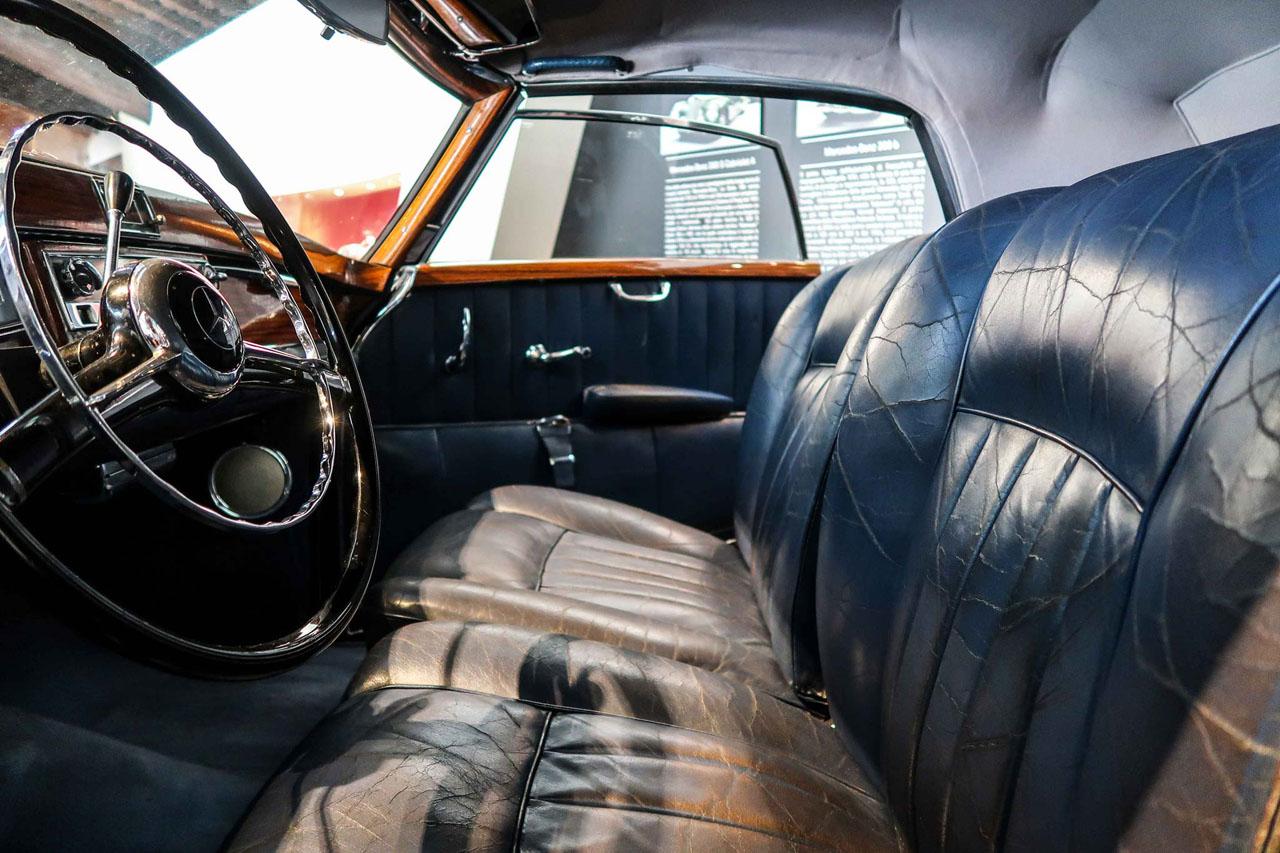 05-1952-1955-Mercedes-Benz-300-SL-Cabriolet-A.jpg