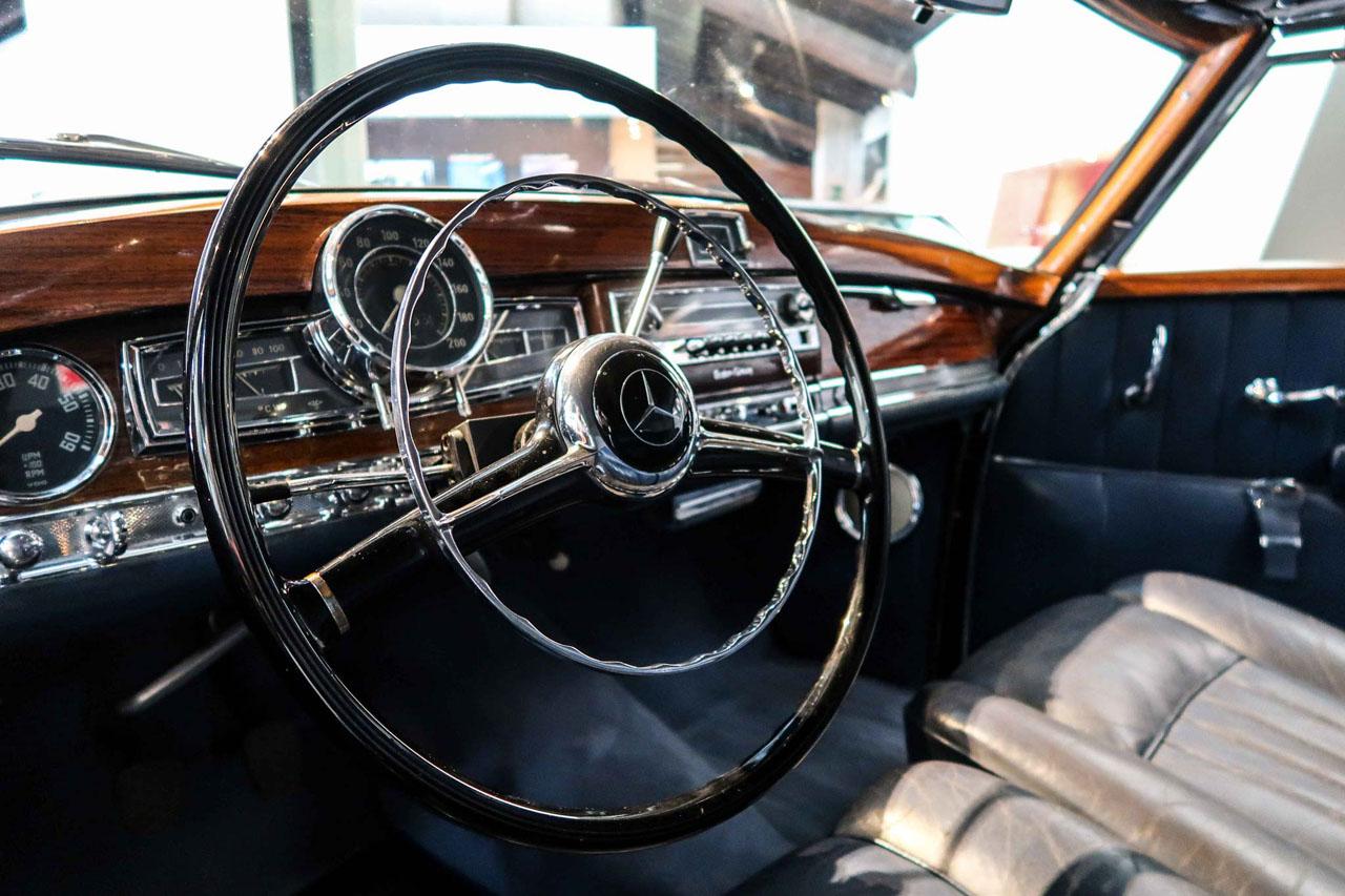 01-1952-1955-Mercedes-Benz-300-SL-Cabriolet-A.jpg