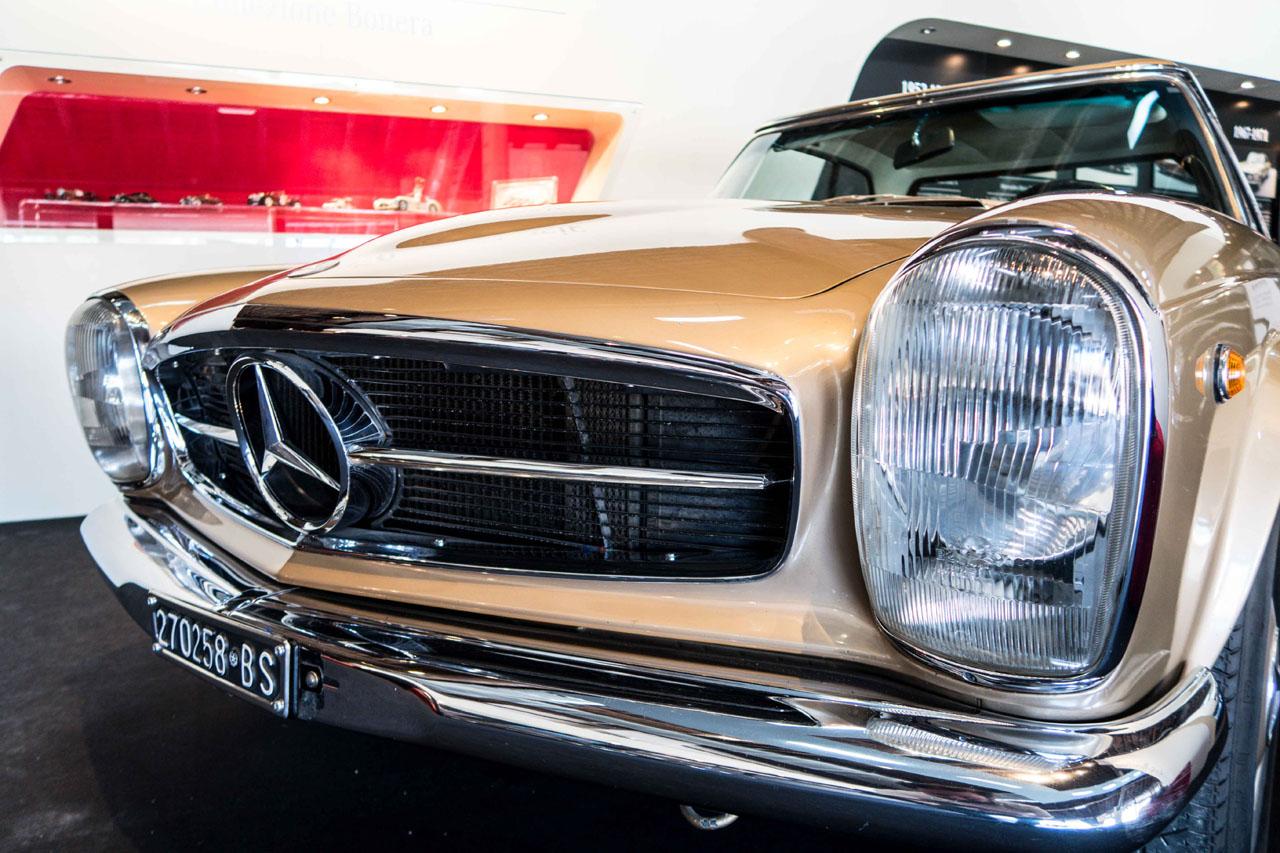 04-1967-1971-Mercedes-Benz-280-SL.jpg