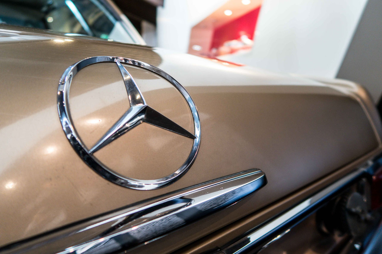 07-1967-1971-Mercedes-Benz-280-SL.jpg