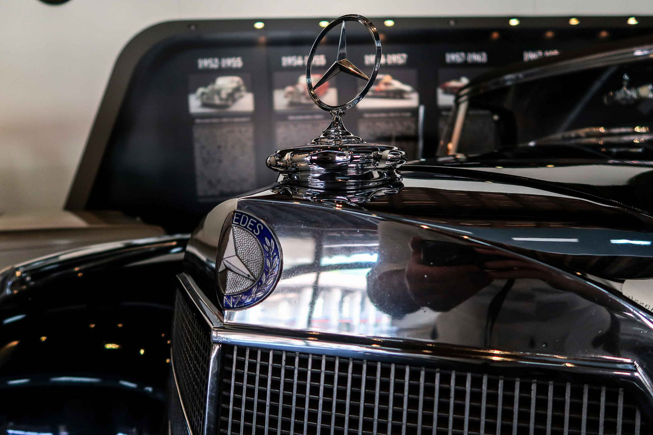 08-1952-1955-Mercedes-Benz-300-SL-Cabriolet-A.jpg